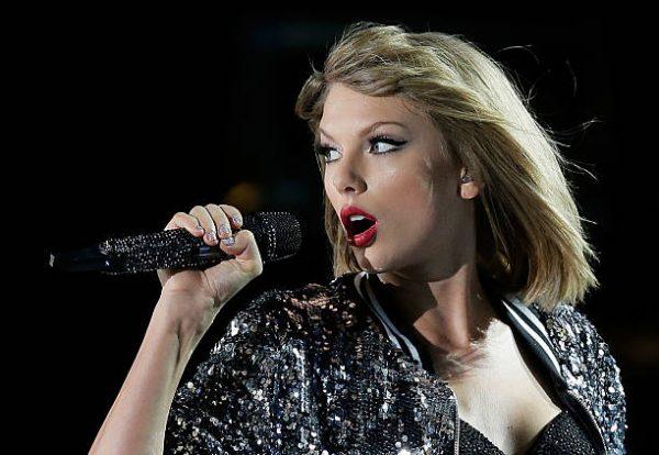 Taylor Swift posting on Instagram