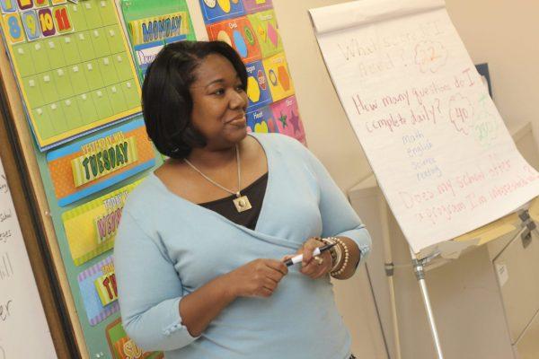 Woman talks to professional teachers in Nigeria